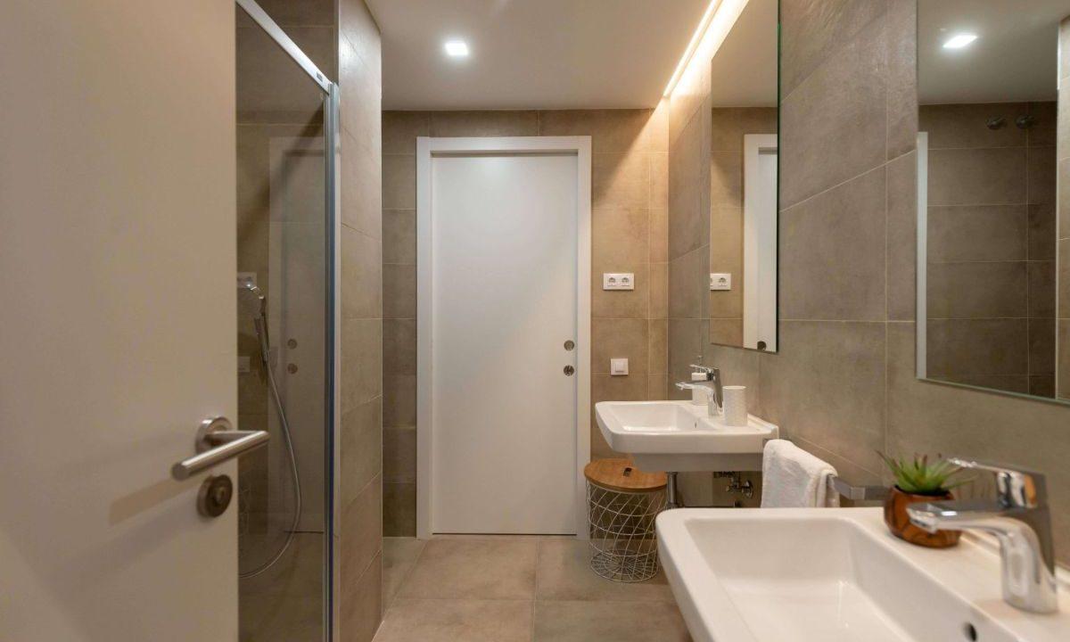Obra Nueva Barcelona El Putxet baño