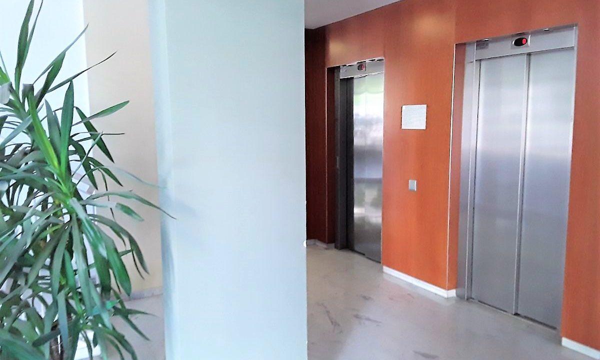 Obra Nueva Poblenou ascensor